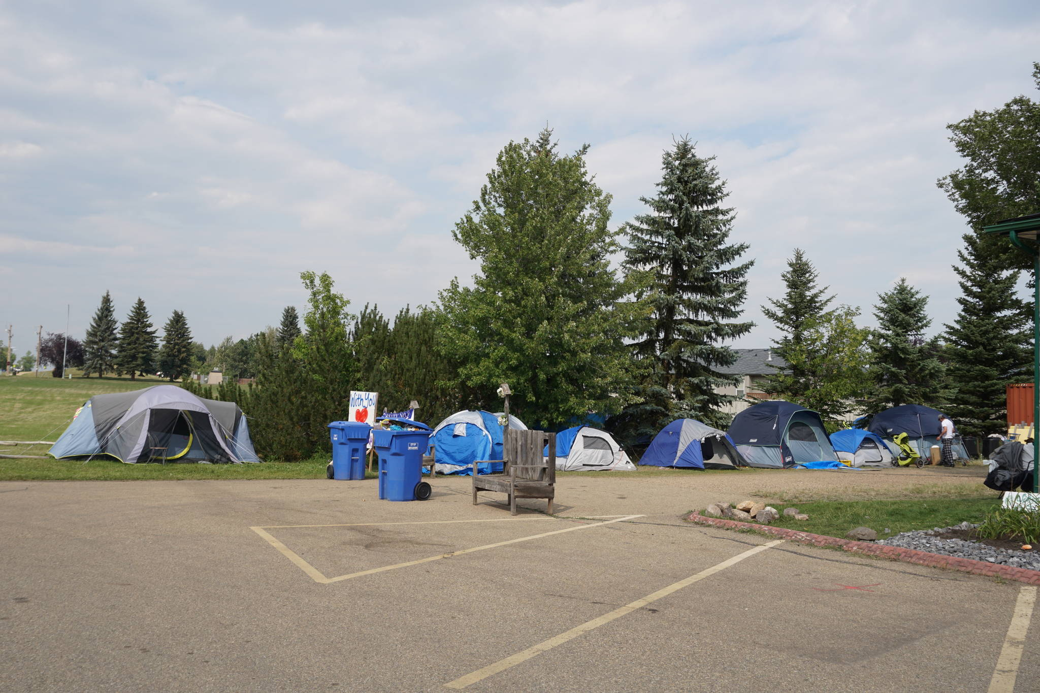 City council and residents discuss illegal homeless encampment that popped up at Rock Soup Greenhouse and Food Bank and the neighbouring property following eviction of the shelter from the Wetaskiwin Civic Centre. Shaela Dansereau/ Pipestone Flyer.